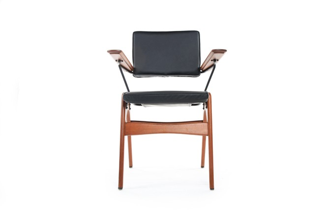 Fred Lowen 'Executive Chair'