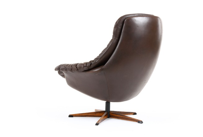 Bramin Leather Swivel Chair
