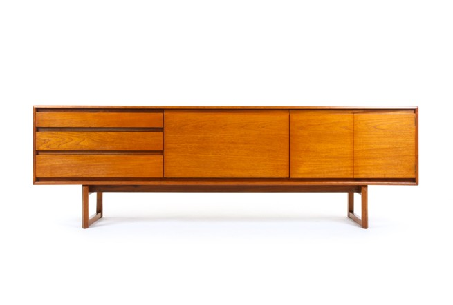 White and Newton Petersfield Sideboard
