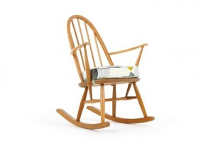Petite Ercol 428 Windsor Rocking Chair