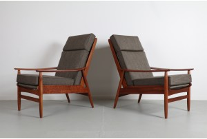 Pair of DON Diamond Style Armchairs