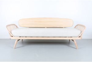 ercol 'Originals' 355 Studio Daybed