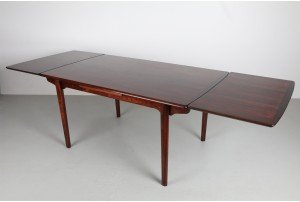 HP Hansen Rosewood Extendable Dining Table