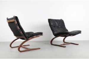 Pair of Cantilevered Leather Armchairs by Westnofa