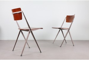 Wim Rietveld 'Pyramid' Chairs