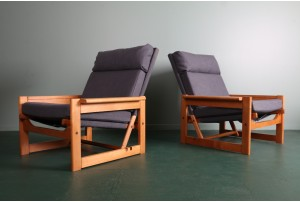 Pair of Linear 1970s Armchairs