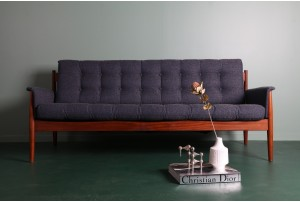 Grete Jalk Model 118 Sofa by Backhouse