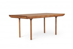 Warm Nordic 'Runa' Dining Table