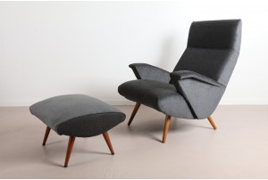 Bob Roukema Armchair and Ottoman for Jon Jansen – Grey