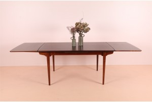 Deluxe Omann Jun 'Model 54' Rosewood Dining Table