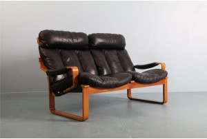 Tessa T8 Two Seater Leather Sofa