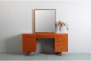 Mid Century Backhouse Dresser with Mirror