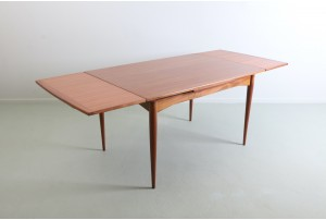 Airest Mahogany Dining Table
